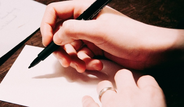 writing letter 2